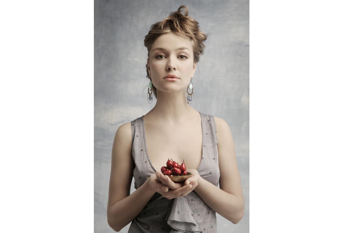 Laura Pietra - servizio fotografico moda tema Magritte