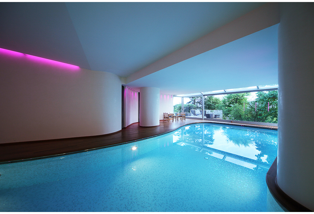 indoor Swimming pool photography service - Laura Pietra