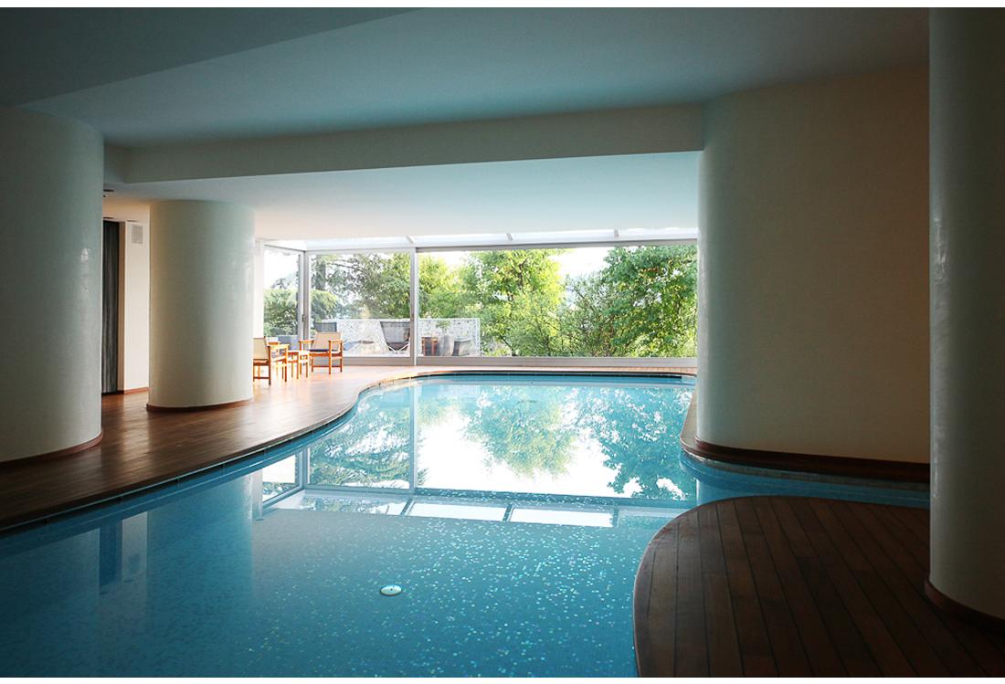 Laura Pietra - fotografia piscina indoor