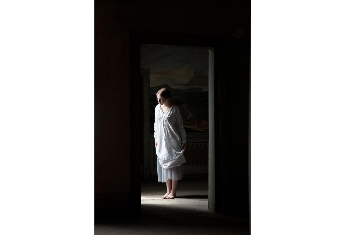 Laura Pietra - fashion photographer Timeless theme