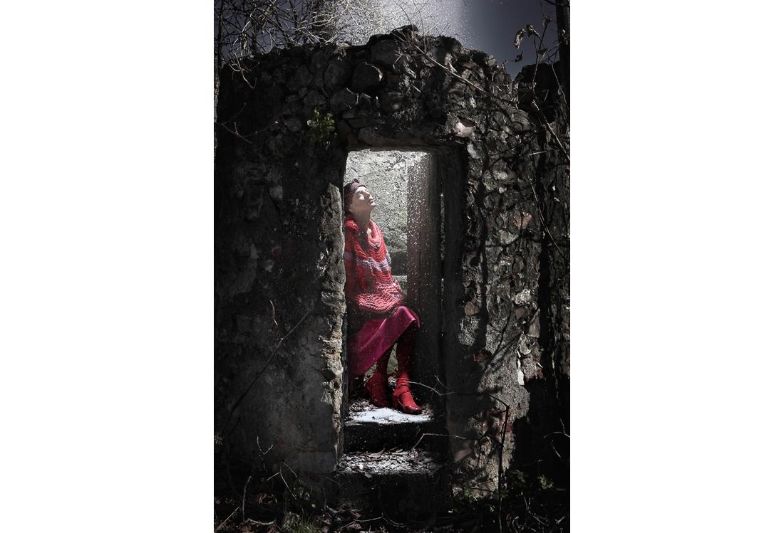 fashion photographer Wood theme - Laura Pietra